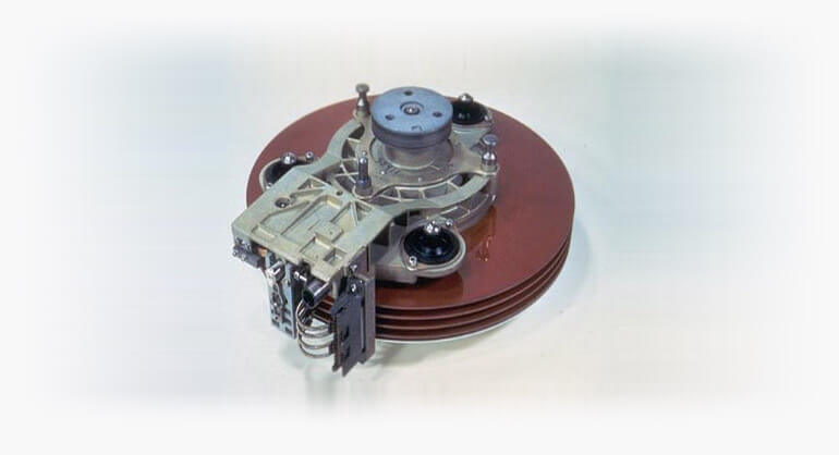 """IBM 3340 """"Winchester"""" disk drive"""